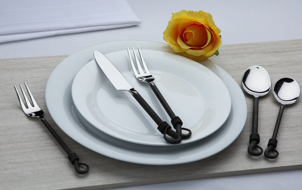 steel flatware set