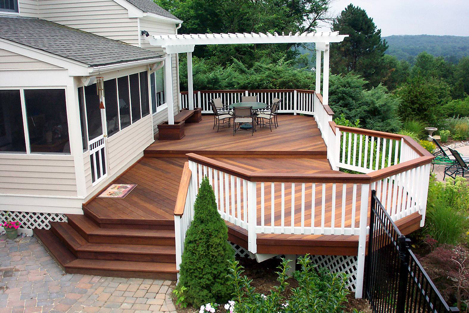 Summer-Deck-Patios