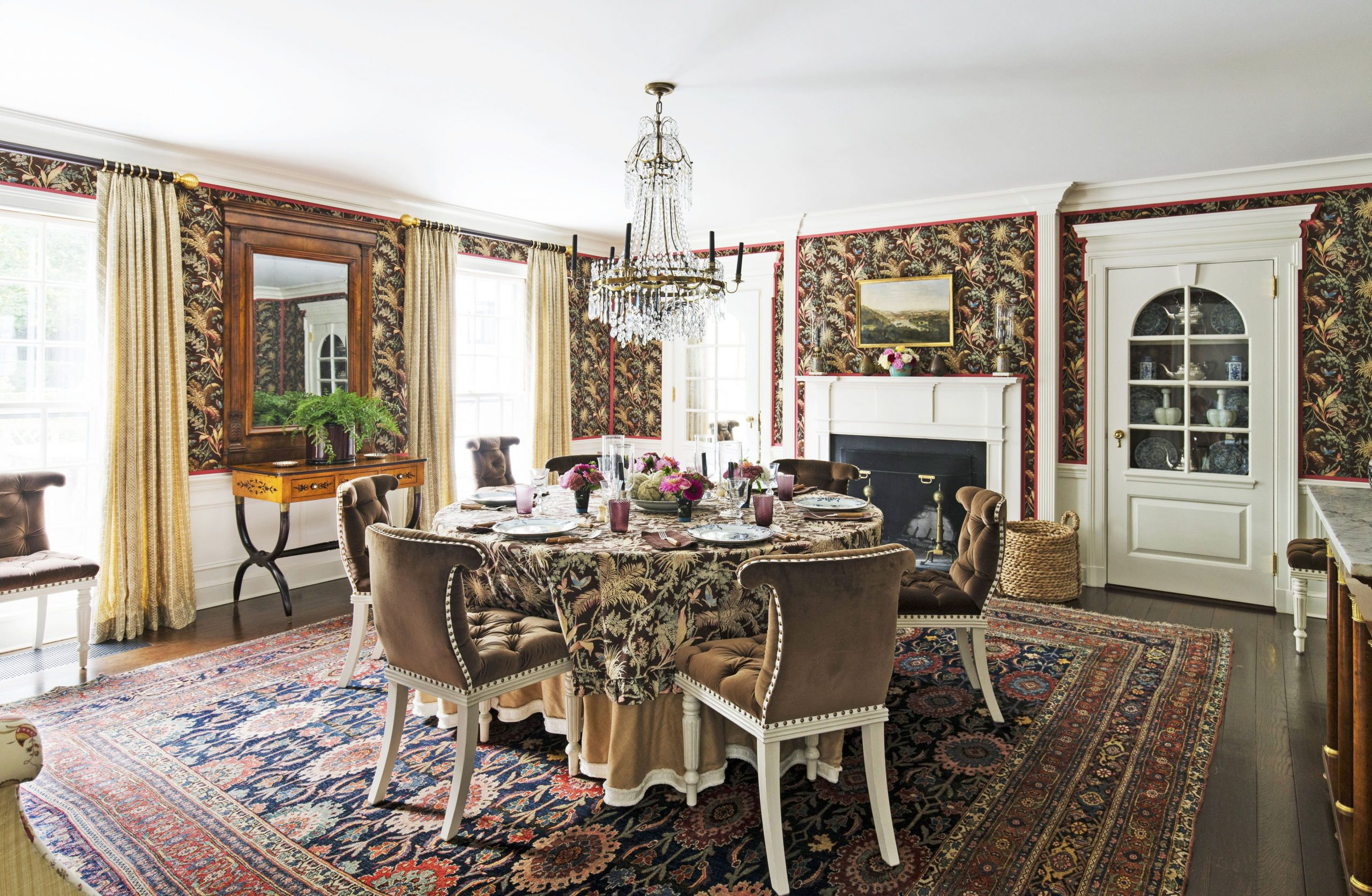 Want a Table For Your Dining Room? Here Are Some Mistakes to Avoid