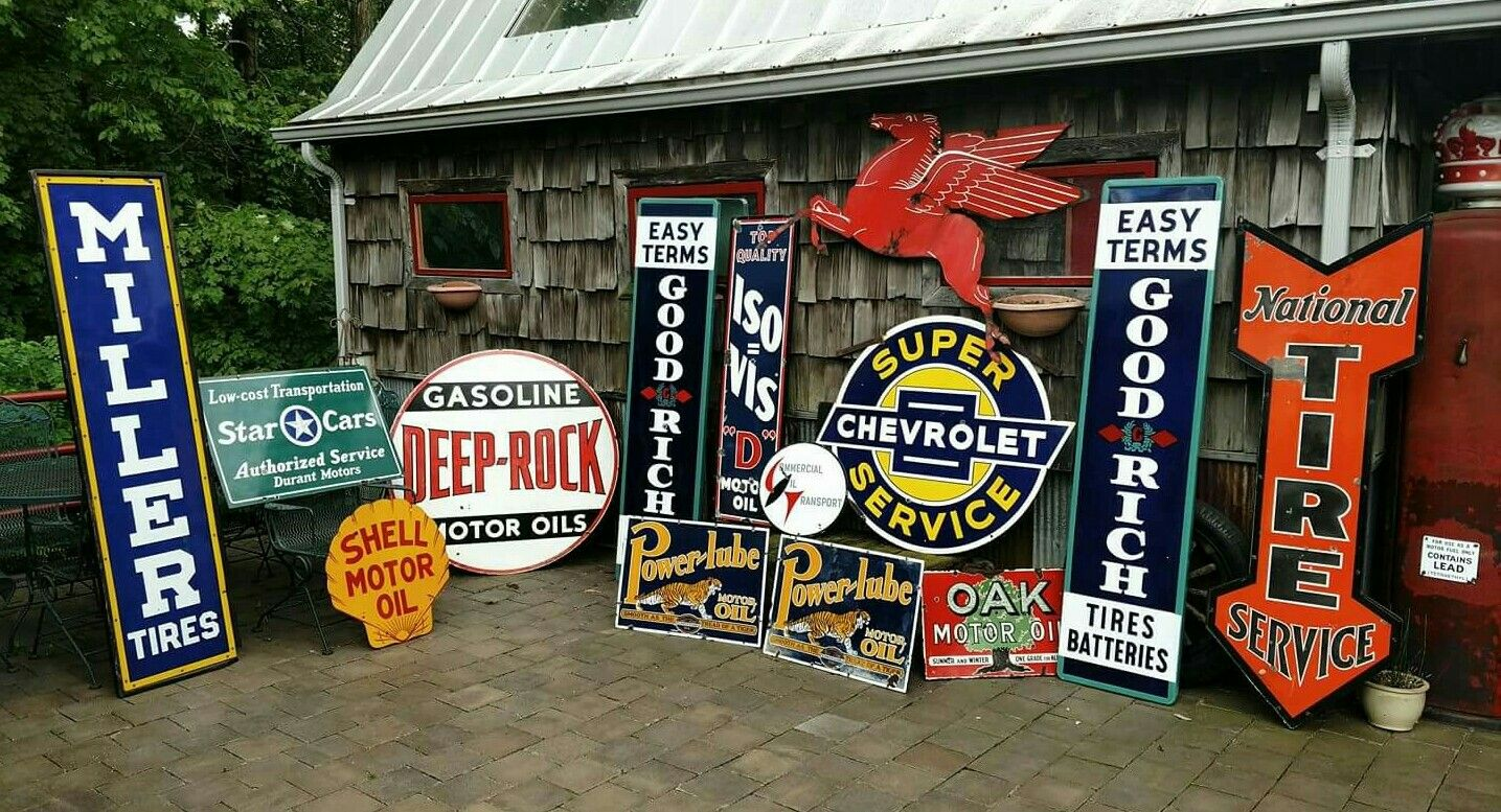 A Guide to Decorating Your House With Vintage Advertising Signs