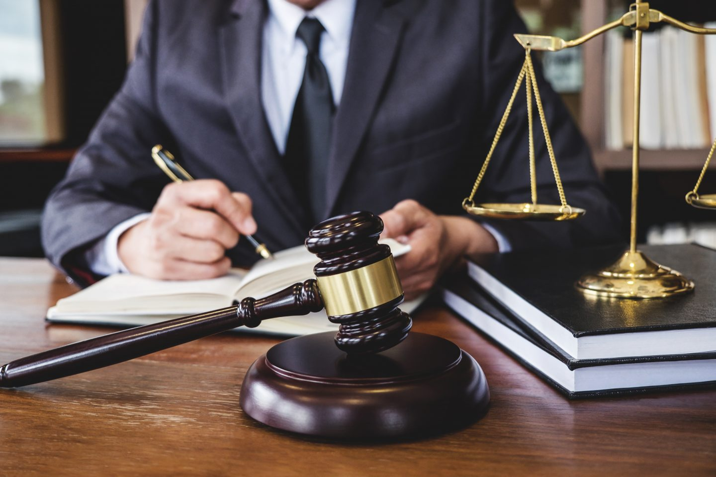 Establishing an Alibi With a Criminal Defense Attorney